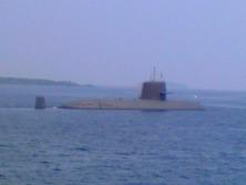 甲羅干し中の潜水艦