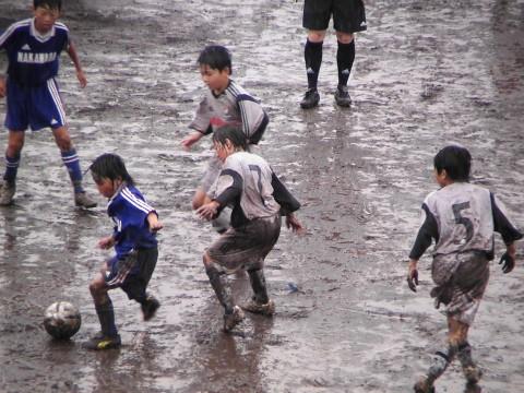 泥だらけの勇者たち 新子安篇